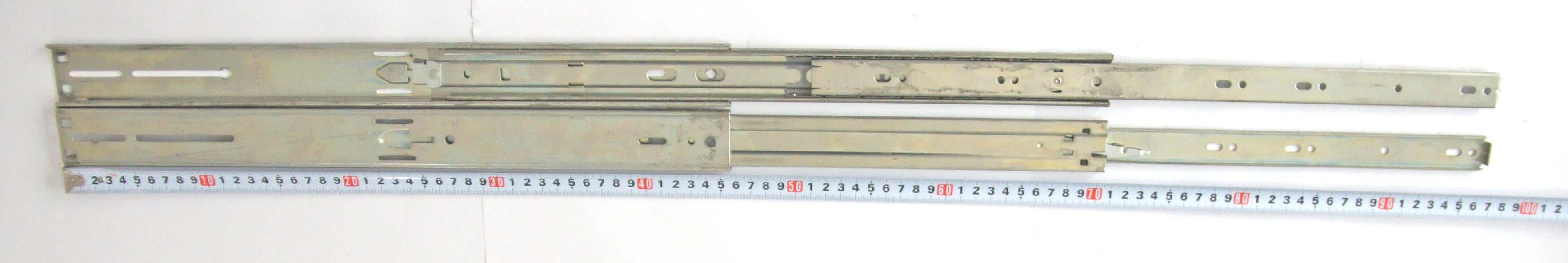 Kugelgelagerte Teleskop-Ausziehträger mit Überauszug Model 2907-18
