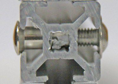 Profilarten:  Alu blank, gebohrt T5 -  Nutenprofil, gebohrt VG5 -  Nutenprofil Rahmen in der Höhe flexibel V5