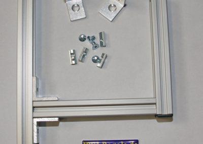 IDEA-Kragarm 10cm mit Winkelbefestigung für Stützen