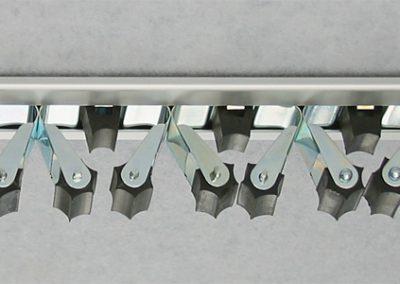 mit unseren Vario Gerätehalterschiene benätigen Sie nur zwei Schrauben für 9 Klemmen und 48cm Länge
