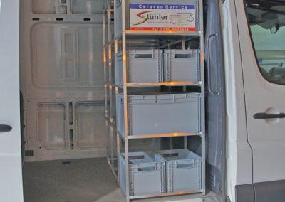 Mobiler Caravan Service Stühler mit IDEA-Regal