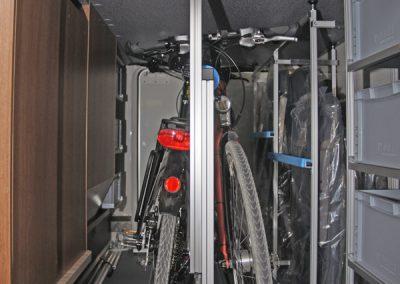 Carthago C Tourer 143 T und für die Fahrräder unser Pedi-Packer-MT.