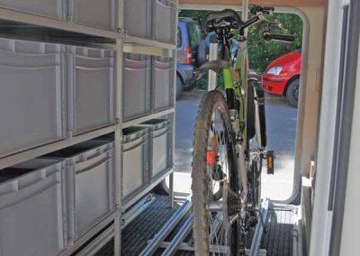 Knaus Ski TI 700 MEG Silver Selection  Pedi-Packer