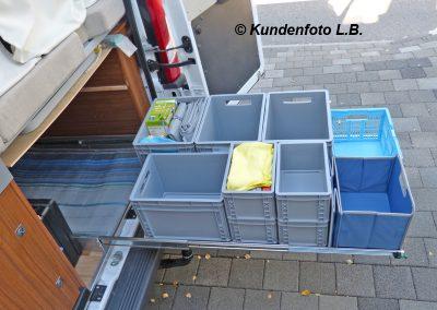 Auszugslänge 120cm Kundenfoto - Bodenauszug im Kastenwagen