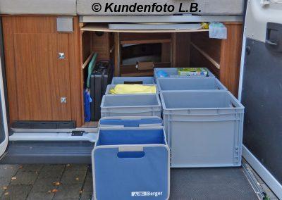 Kundenfoto - Bodenauszug im Kastenwagen