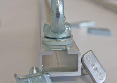 Halfenschrauben C-Schiene 28x15x8mm